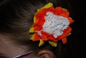 barrette fleur en papier tuto