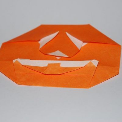 Citrouille Halloween en origami simple