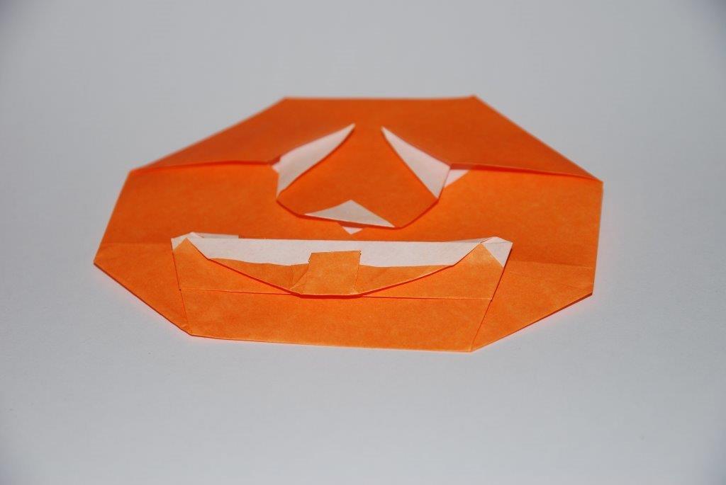 Citrouille en origami pour Halloween