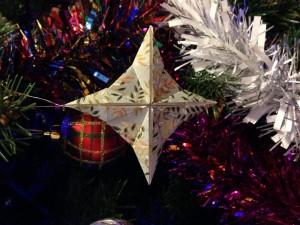 Etoile 4 branches en origami