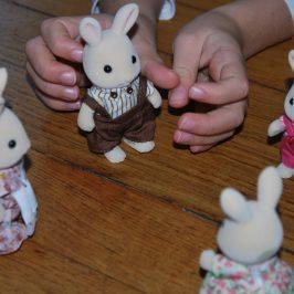 Premier contact avec les Lapin Crème Sylvanian Families