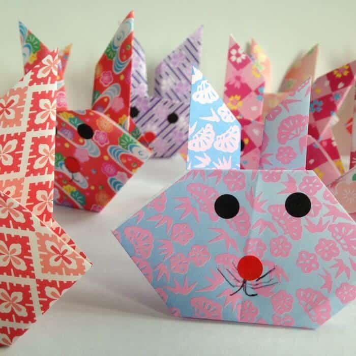 lapin en origami facile pour une f te th me lapin ou une. Black Bedroom Furniture Sets. Home Design Ideas