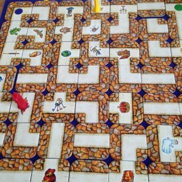 Une chasse au trésor sur plateau avec le jeu Labyrinthe
