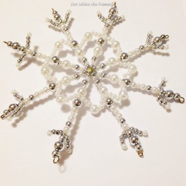 De jolis flocons en perles pour décorer la maison
