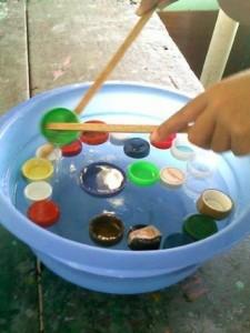 Recup jeux et cr ations avec bouchons de bouteilles plastique - Que faire avec des bouchons plastique ...