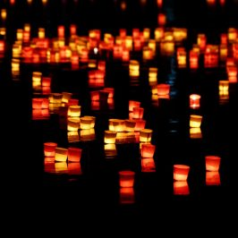 candles-168011_1280