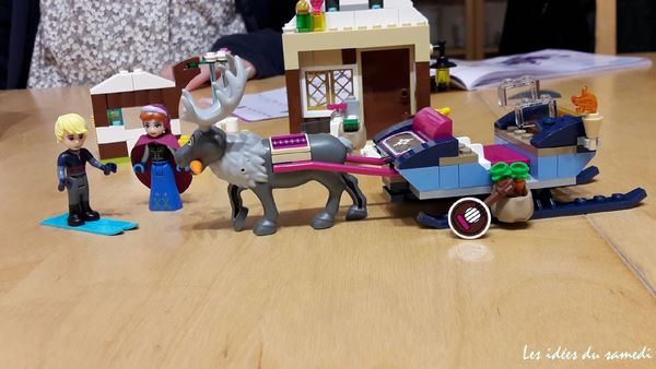 anna-kristoff-traineau-lego