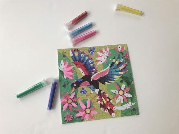 Une belle idée d'art créatif à découvrir: Sables Colorés chez Gründ