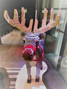 noel sculpture lego