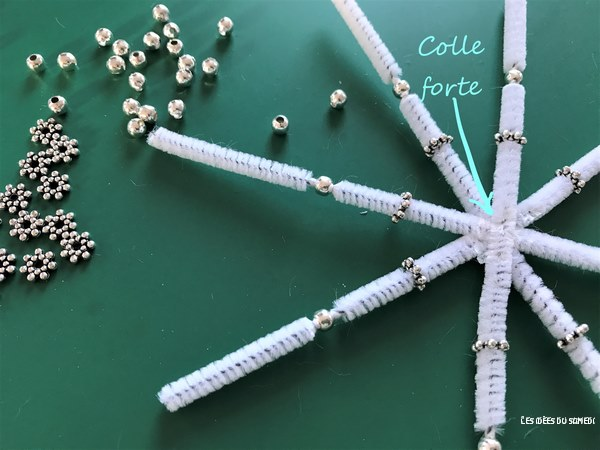 flocon chenille perles activite noel enfant
