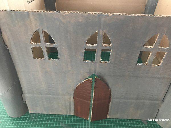 peinture chateau carton