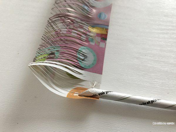 fleur trefle papier enroule tige