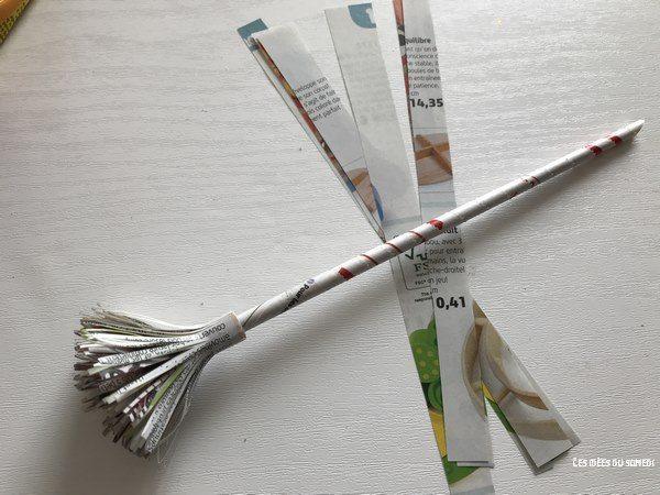oeillet papier magazine recycle tige et feuilles