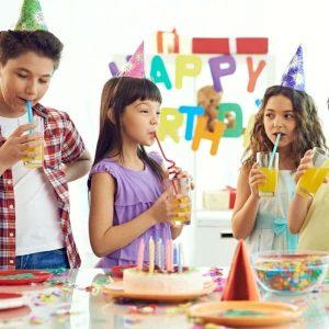 fete anniversaire enfants joyeux