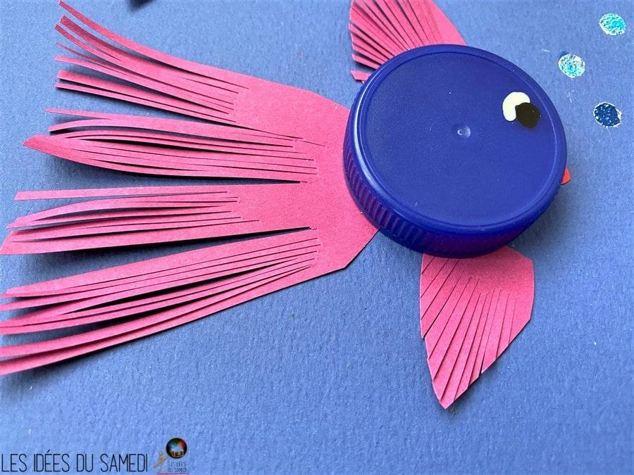 poisson bouchon plastique bleu