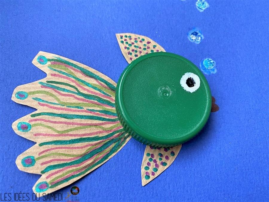 poisson bouchon bouteille vert